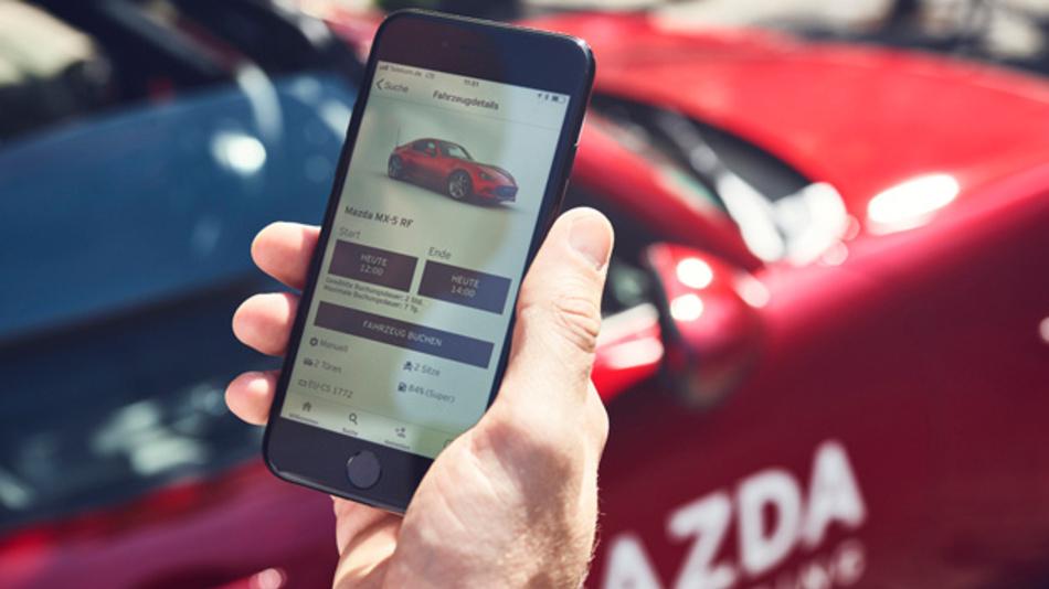 Mazda startet bundesweit flächendeckendes Carsharing mit 850 Fahrzeugen.