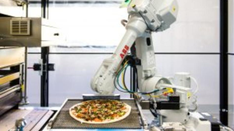 Ein Pizza zubereitender Roboter, den Zume einsetzt.