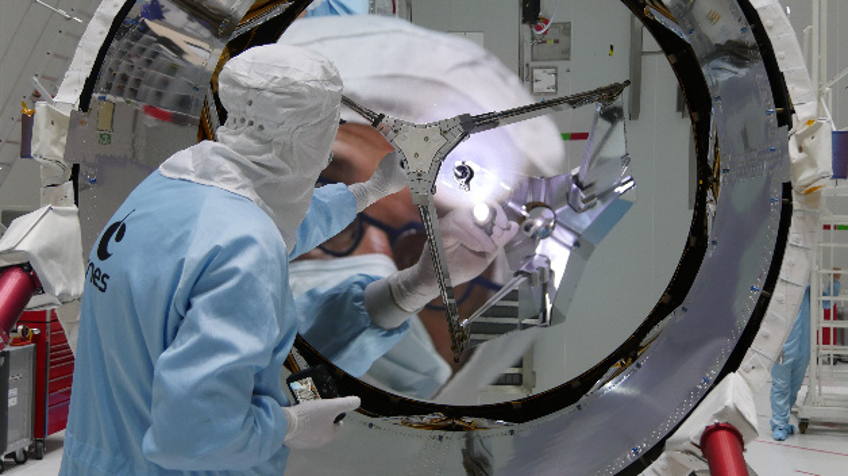 Der ESA-Wissenschaftssatellit Aeolus soll erstmals Windprofile von der ganzen Erde erstellen und so völlig neue Erkenntnisse für die Wettervorhersagen bringen.