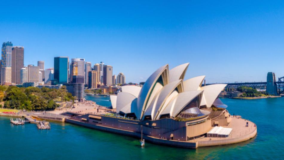 In Australien wird das Fernsehprogramm schon lange in DVB-T ausgestrahlt. Mittelfristig soll die Umstellung auf DVB-T2 erfolgen, für die bereits Feldtests laufen.