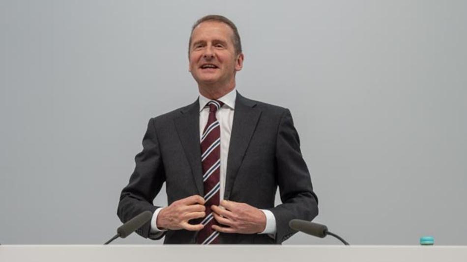Das Lachen, wie hier auf der Audi-Hauptversammlung, dürfte Volkswagen-Chef Herbert Diess vergangen sein. Auch gegen ihn wird im Dieselabgasskandal ermittelt.