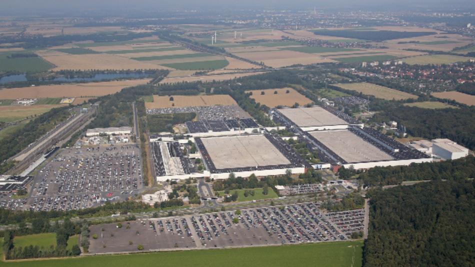 Volkswagen baut im Werk Salzgitter stufenweise ein »Center of Excellence Batterie« auf – Kompetenz für die Entwicklung und Fertigung von Batteriezellen und -modulen.