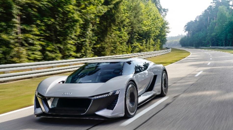 Audi stellt Hochleistungs-Sportwagen mit E-Antrieb PB18e-tron vor.