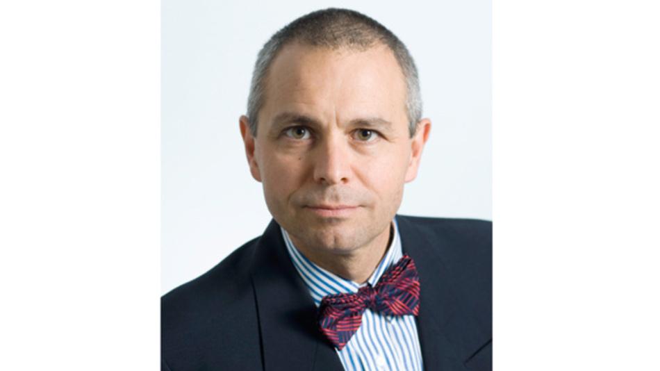Patrick Le Fèvre  ist in Frankreich geboren und aufgewachsen. Er studierte Elektrotechnik, Mikroelektronik sowie industrielles Marketing und erhielt 1982 sein Diplom. Seitdem ist er im Bereich Stromversorgungen tätig. Nachdem er seine Laufbahn bei Micro-Gisco – heute Convergie – begann, zog es ihn 1996 zu Ericsson nach Schweden. 2015 wechselte er zu Powerbox in Gnesta, Schweden, wo er heute als Chief Marketing and Communications Officer arbeitet.