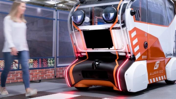 Ingenieure kooperieren mit Psychologen, um menschliches Vertrauen in selbstfahrende Autos zu erforschen. Hierfür würden Pods mit virtuellen Augen entwickelt.