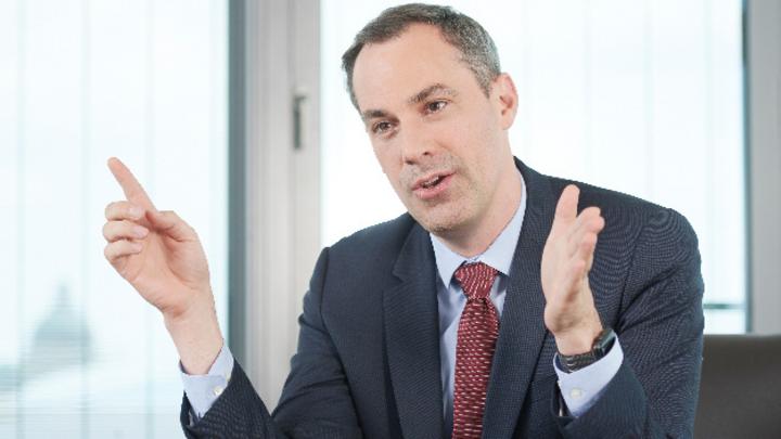 Cedrik Neike, Siemens AG: »Durch diese innovativen Produkte tragen wir unseren Teil zu Koreas zukünftiger, umweltfreundlicher Energielandschaft bei.«