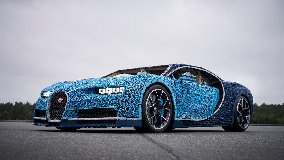 Lego hat den Sportflitzer Bugatti Chiron nachgebaut.