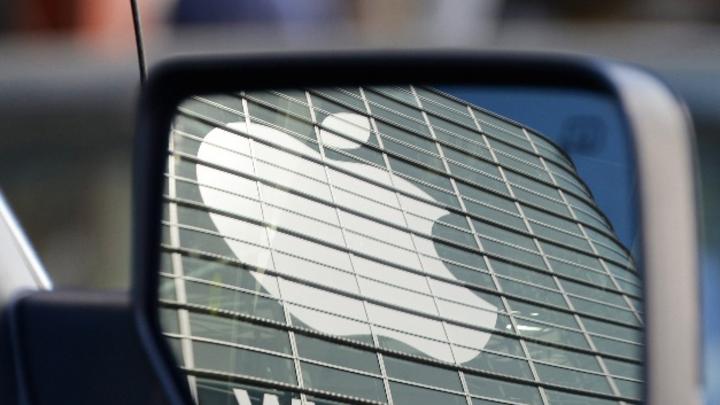 Applemeldet erstmals Auffahrunfall mit Roboterwagen