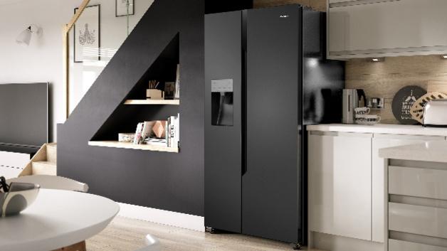 Side By Side Kühlschrank Mit Wassertank Und Barfach : Hisense viel platz und innovative innenraum konzepte