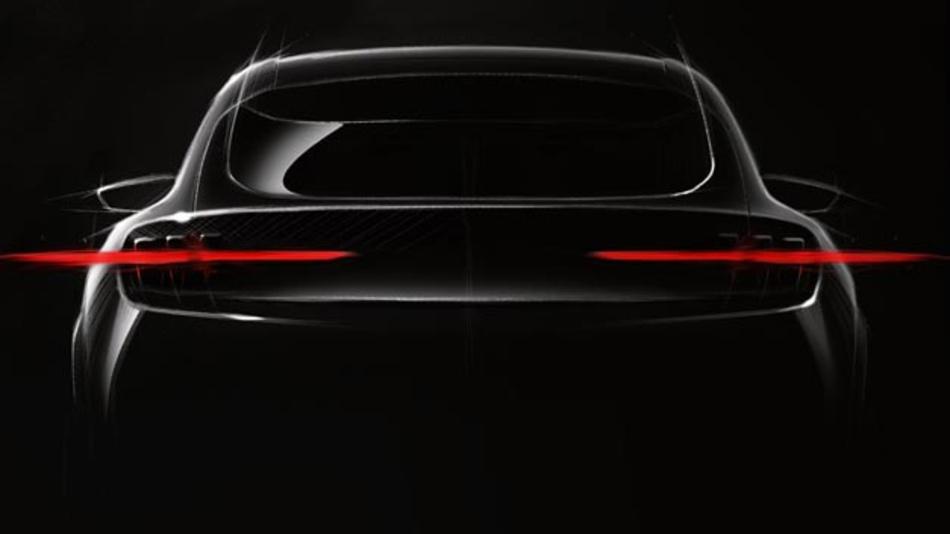 Ford gewährte einen ersten Blick auf sein neues Elektrofahrzeug, das 2020 auf den Markt kommen soll. Es ist vom Mustang inspiriert und soll eine Reichweite von 480 km aufweisen.