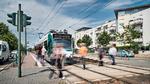 Die weltweit erste autonom fahrende Straßenbahn