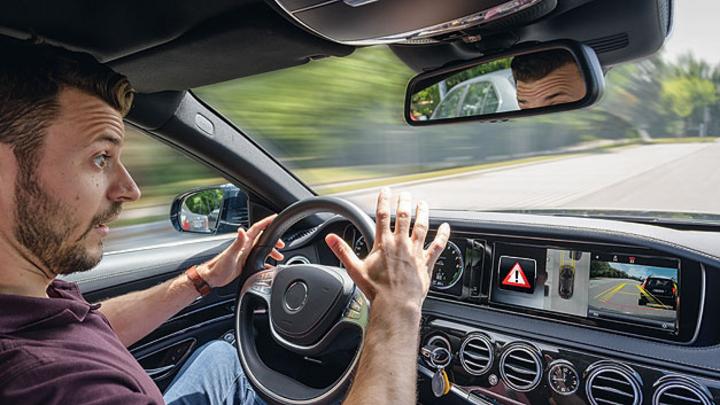 Die richtige Werkzeugkiste in der modernen Fahrerassistenz spielt eine entscheidende Rolle.