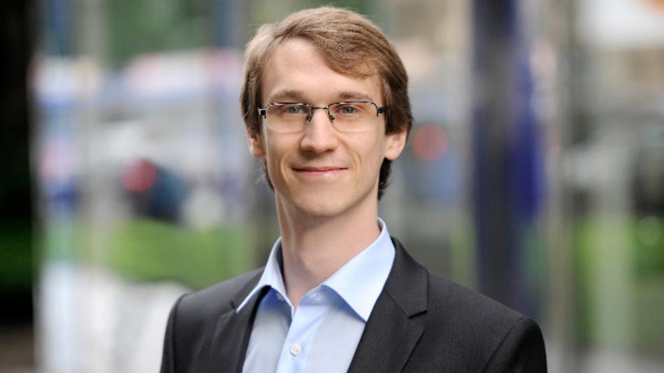 Thomas Scherübl, ESG: »Der Übergang zum hochautomatisierten Fahren wird ein gradueller sein.«