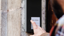 Telegärtner Elektronik Neue Türsprechstelle kinderleicht installiert