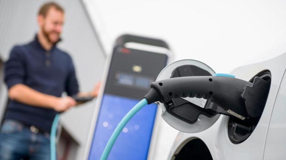 Bosch steigt ins Carsharing mit Elektrotransportern ein und kooperiert hier mit der Rewe-Tochter Toom.