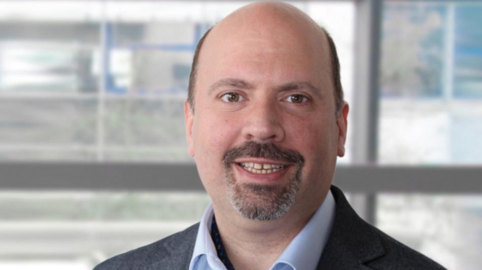 Antonio Fernandez, EBV »Wir haben bereits FPGAs, MPSoCs und Prozessoren im Programm, die in der Lage sind, KI in den verschiedenen Anwendungsszenarien zu implementieren. Zudem haben wir eine vielversprechende Roadmap mit unseren wichtigsten Herstellern bzw. Partnern bezüglich dedizierter KI-Hardware und Software.«