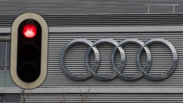 Die Münchner Staatsanwaltschaft sieht rot und verdonnert Audi im Rahmen des Dieselskandals zu einem Bußgeld von 800 Millionen Euro.