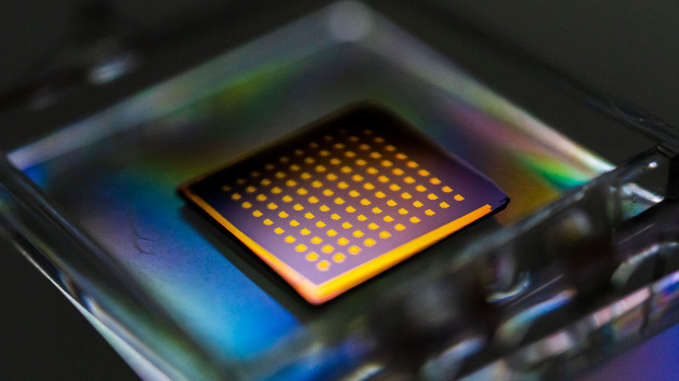 Forscher am Institut für Maschinenbau des MIT haben ein Verfahren entwickelt, um innerhalb weniger Minuten Schichten mit einem Durchmesser von 5 cm aus 2D-Material zu gewinnen.