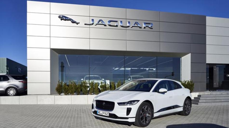 Leistungselektronik von Continental managt im neuen Elektrofahrzeug von Jaguar, dem I-Pace, Stromstärken von bis zu 650 A.