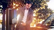 Webasto Ladestationen ermöglichen ein sicheres, einfaches und schnelles Laden von Elektroautos.