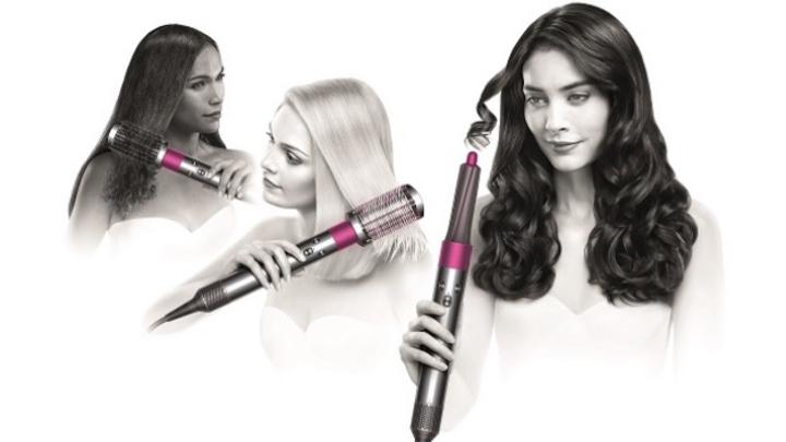 """Der """"Dyson Airwrap Haarstyler"""" ist in drei verschiedenen Varianten mit spezifischen Aufsätzen für unterschiedliche Haartypen und gewünschte Stylings erhältlich."""