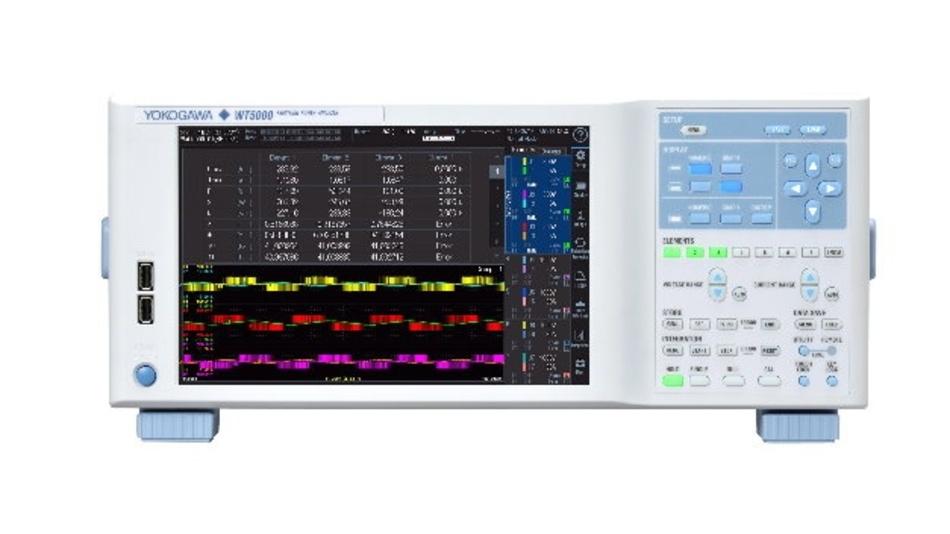 Der modulare WT5000 ist das erste Produkt einer neuen Generation von Präzisions-Leistungsanalysatoren von Yokogawa, die eine außergewöhnliche Gesamt-Messgenauigkeit von ±0,03 % bei 50/60 Hz mit hoher Stabilität, Störfestigkeit und Flexibilität vereinen. Damit lassen sich die Leistungsaufnahme, Verluste sowie die Effizienz von Elektro- und Elektronikgeräten detaillierter untersuchen als bislang möglich.   Eines der wichtigsten Kriterien für die Beurteilung der Leistungsfähigkeit eines Leistungsanalysators ist der A/D-Wandler. Um die extrem hohe Messgenauigkeit zu erreichen, nutzt der WT5000 einen 18-bit-Wandler mit einer Abtastfrequenz von 10 MSample/s. Dadurch ermöglicht er unter anderem die genaue Erfassung von Signalen von High-Speed-Umrichtern  Mehr Kanäle bei unveränderter Baugröße  Obwohl sich die Baugröße des WT5000 im Vergleich zu den bisherigen WT-Modellen nicht geändert hat, erlaubt das neue Messgerät die Bestückung mit bis zu sieben Leistungskanälen. Dadurch werden nun Anwendungen unterstützt, die bisher nur über mehrere synchronisierte Einzelgeräte gemessen werden konnten. Weitere Vorteile ergeben sich aus dem Einsatz der modularen Eingangsmodule, die der Anwender selbst austauschen kann. Die 30-A- und 5-AEingangsmodule können zum Beispiel in Anwendungen für Elektrofahrzeuge oder Fahrzeuge mit Brennstoffzellen ausgetauscht werden. Gleichzeitig sind bei diesen Anwendungen auch immer häufiger mehrere unterschiedliche Motoren zu untersuchen. Auch hierfür hat der WT500 eine Lösung: Durch eine Erweiterung des Gerätes mit den Optionen /MTR1 und /MTR2 lassen sich bis zu vier Elektromotoren gleichzeitig mit einem Gerät evaluieren. Aufgrund der vier Eingangskanäle dieser Optionen können auch flexible Messungen der Phasen A, B, C und Z der Motoren ausgeführt werden. Mit sieben Eingangselementen sind unter anderem erweiterte Multisystemmessungen der Harmonischen bei 3-phasigen Systemen möglich. Der WT5000 kann zwei Harmonischen-Messfunktionen gleichzeitig ausführen,