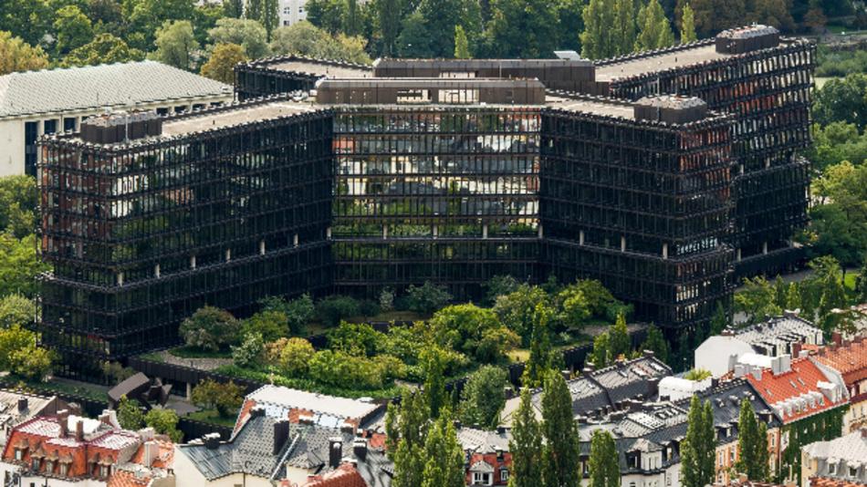 Das Europäische Patentamt in München (Luftaufnahme).