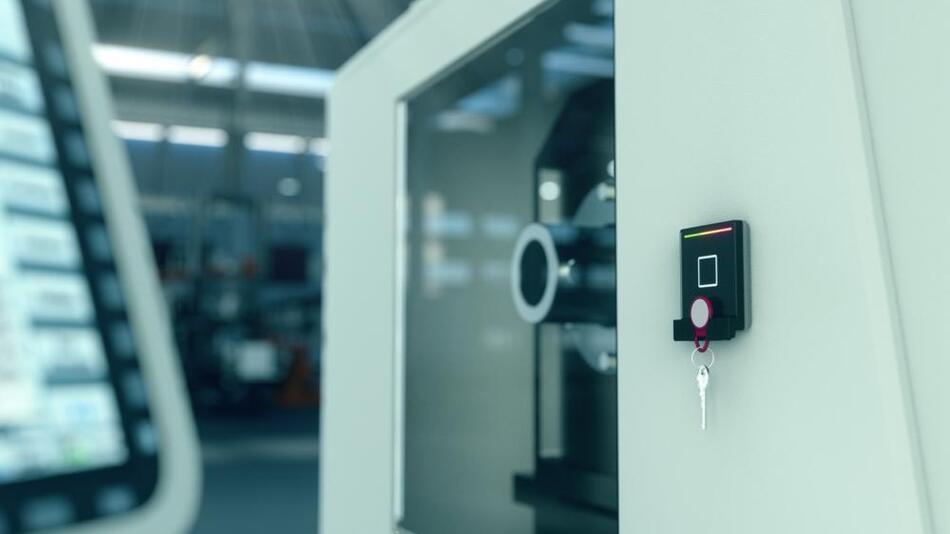 Mit einem Unternehmensausweis Türen öffnen, Zugriffsberechtigungen nutzen, Zutritte regeln und Prozesse steuern – der Spezialist für Benutzeridentifikation phg Datentechnik ermöglicht mit seinen Lesern und Modulen die einfache Einbindung der RFID-Technologie in die SPS-Welt via Modbus.