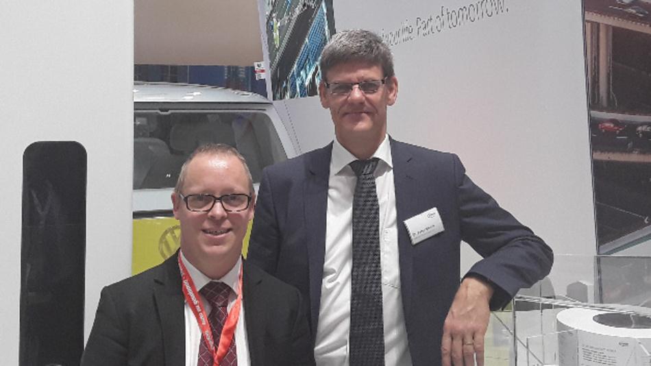 Unser Power-Spezialist Ralf Higgelke traf Dr. Peter Wawer (rechts), Division President IPC von Infineon, auf der electronica 2018.