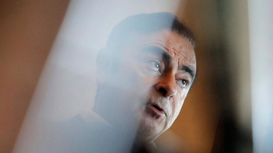 Nicht nur auf Carlos Ghosn fällt ein Schatten, auch gegen Nissan ermittelt inzwischen die Staatsanwaltschaft.