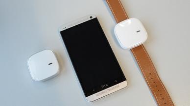 Der Sensor lässt sich unauffällig wie eine Uhr am Handgelenk tragen.