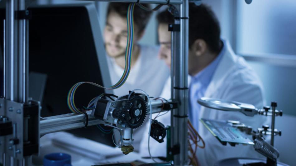 In Deutschland wird es laut einer Studie des VDE immer schwieriger den Bedarf an Elektroingenieuren zu decken.
