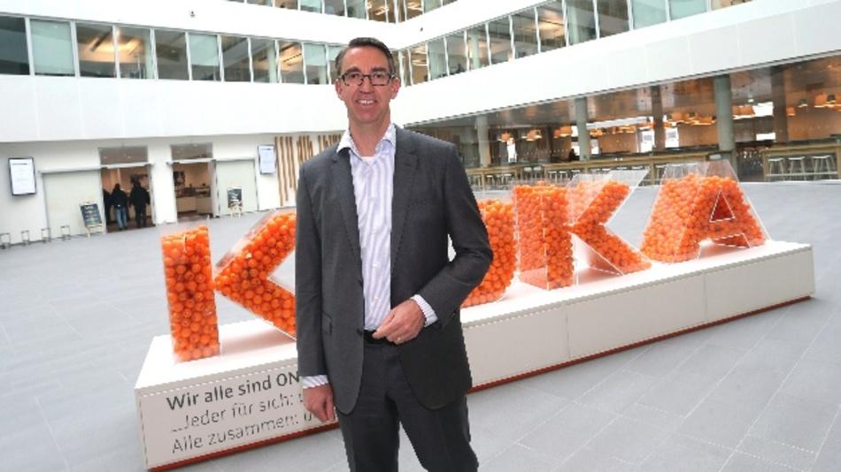Der Vorstandsvorsitzende der Kuka AG, Till Reuter, am Rande der Bilanzpressekonferenz 2016.