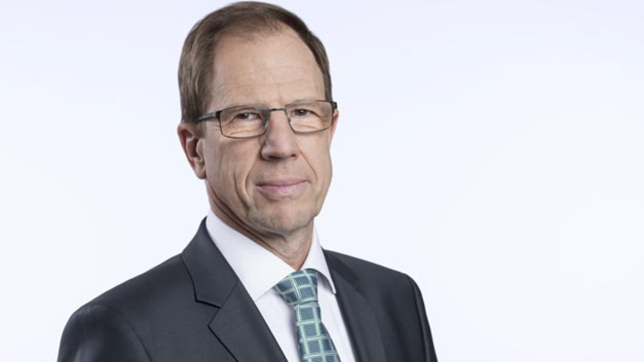 Freut sich darüber, die Partnerschaft mit Denso weiterauszubauen und begrüßt den japanischen Zulieferer als Aktionär: Dr. Reinhard Ploss, Vorstandsvorsitzender von Infineon.
