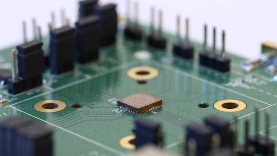 Das Ultra-Low-Power-GNSS-Modul MSB1054 von Fujitsu.