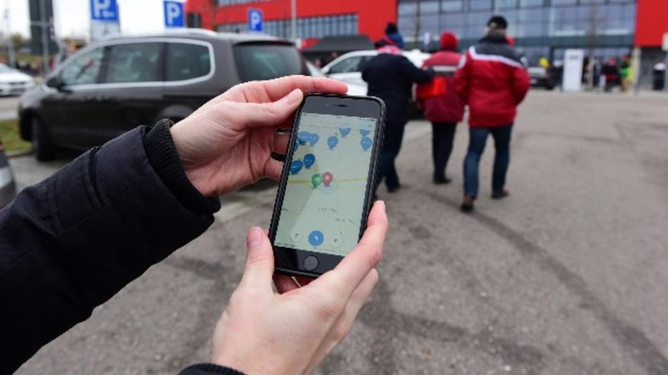 In der Continental Arena kann man zukünftig auch per Smartphone bezahlen. Möglich macht das die Parkpocket-App.