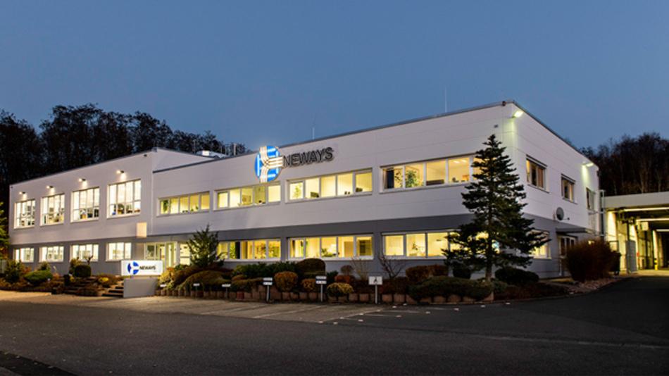 Auf 5500 m2 erweiterte Produktion in Neunkirchen, Saar.