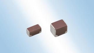 ie TDK Corporation hat MLCCs mit Soft-Terminierung und geringem ESR entwickelt. Eine Schicht aus leitfähigem Kunstharz auf den Anschluss-Elektroden sorgt bei der neuen CN-Serie für eine hohe mechanische Robustheit zum Schutz vor Leiterplattenverwindu