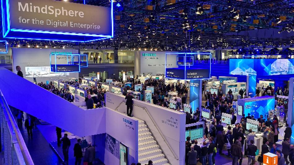 Siemens als größter Aussteller auf der SPS IPC Drives belegt allein eine komplette Halle.