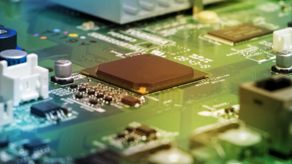 Um neue Modelle erweiterte Bauteilbibliothek für PCB-Designer.