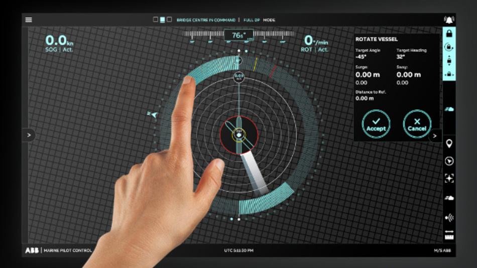 Beim ABB Ability Marine Pilot Control handelt es sich um ein dynamisches Positioniersystem, das sich über ein intuitives Tuchscreen-Display steuern lässt. Damit lassen sich Schiffe sicherer und effizienter manövrieren als bisher.
