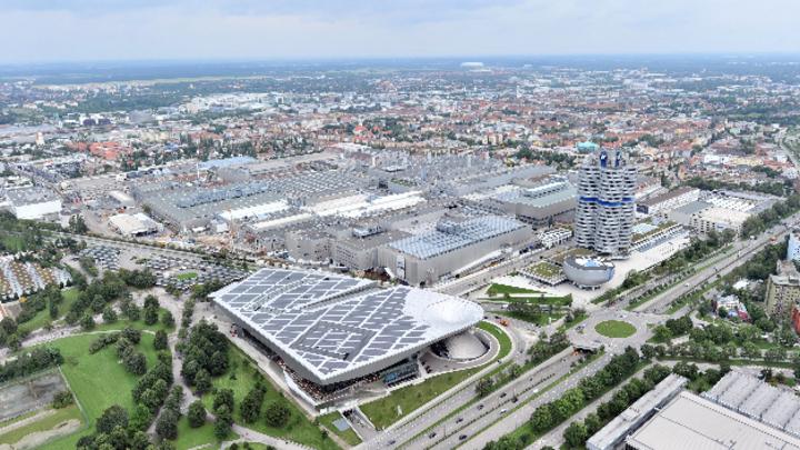 BMW Werk in München vom Olympiaturm