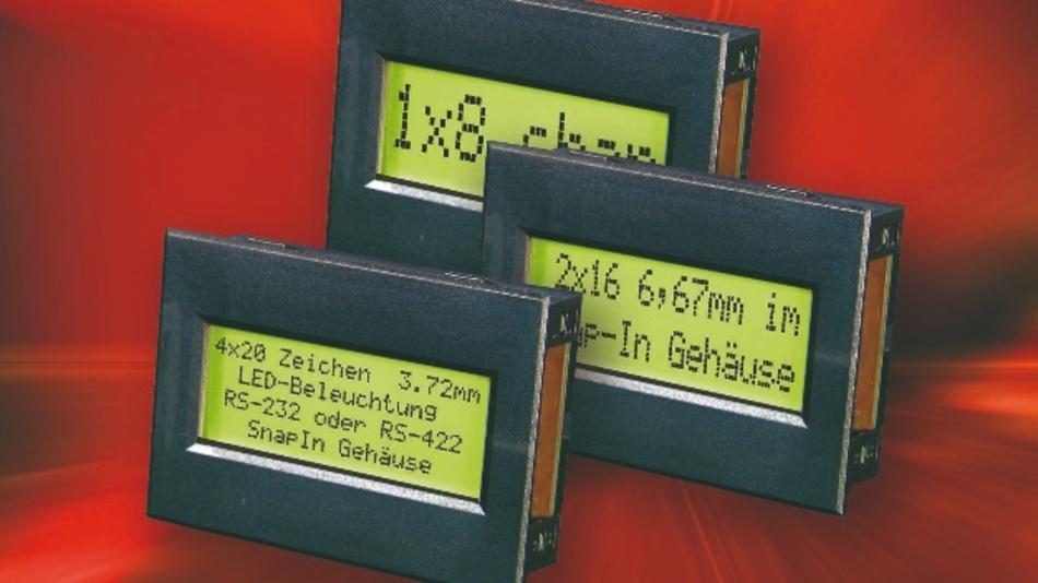 """Electronic Assembly bietet einen Teil seiner LCD-Dotmatrix-Serie auch im Snap-In-Gehäuse an. Alle Displays werden standardmäßig über die serielle RS-232C-Schnittstelle angesprochen. Optional ist auch eine Ansteuerung über RS-422 möglich. Als Datenübertragungsraten sind 300, 1.200, 2.400 sowie 9.600 Baud wählbar. Die Displays sind betriebsfertig aufgebaut. Alle Cursorsteuerungen, wie etwa der Zeilenvorschub, werden automatisch ausgeführt. Die Snap-In-Varianten gibt es für drei Textdisplays mit 1x8, 2x16 und 4x20 Zeichen. Die Displays bietet das Unternehmen mit ein-, zwei- oder vierzeiligen Anzeigen, als EA SER081-92NLED, EA SER162-92NLED oder EA SER204-92NLED, an. Sie stellen den kompletten ASCII-Code, inklusive deutscher Umlaute sowie """"ß"""" dar. Das Einbaumaß (70,5 mm x 48,5 mm) sowie das Sichtfenster (56,5 mm x 22,0 mm) sind bei allen gleich. Die einzeilige Variante EA SER081-92NLED kann acht Zeichen mit einer Höhe von 11,48 mm darstellen. Das zweizeilige Modell EA SER162-92NLED zeigt auf zwei Zeilen je 16 Zeichen mit einer Höhe von 6,68 mm an. Beim vierzeiligen Panel EA SER204-92NLED sind es viermal 20 Zeichen mit einer Höhe von 3,72 mm."""