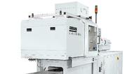 Ein elektrischer Allrounder 370 A in Reinraumausführung produziert medizintechnische Teile.