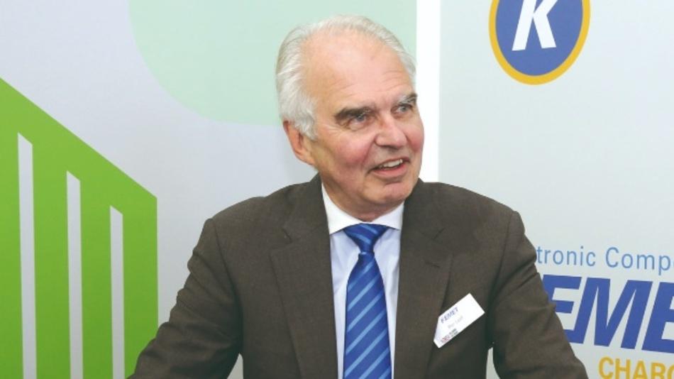 Unter der Leitung von Per-Olof Loof als CEO und President hatte sich Kemet von einem Tantalspezialisten zu einer breit aufgestellten Kondensatoren-Company entwickelt deren Umsatz von 425 Millionen Dollar auf voraussichtlich rund 1,4 Milliarden Dollar (2018) angewachsen ist.
