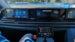 Der autonome Versuchsträger eines Rufbusses von ZF kommt ohne Lenkrad und Pedalerie aus. Im Notfall lässt sich per Joystick steuern.