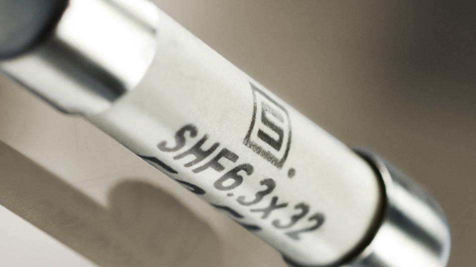 Die Keramiksicherung SHF 6.3x32 bietet ein hohes Ausschaltvermögen von bis zu 1.500 A.