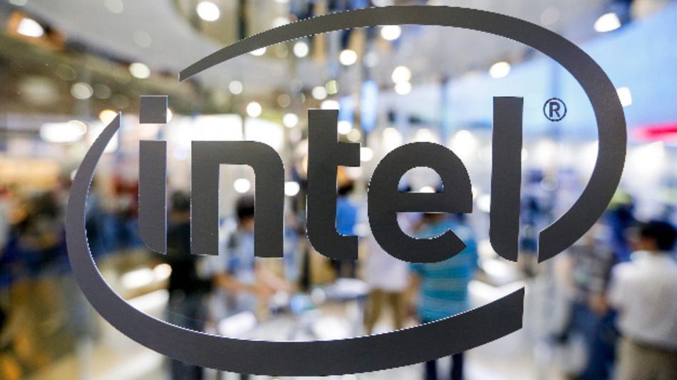 Die Abkühlung bei den Investitionen in Cloud-Infrastruktur und schlechtere iPhone-Verkäufe schlagen auf das Geschäft von Intel durch.