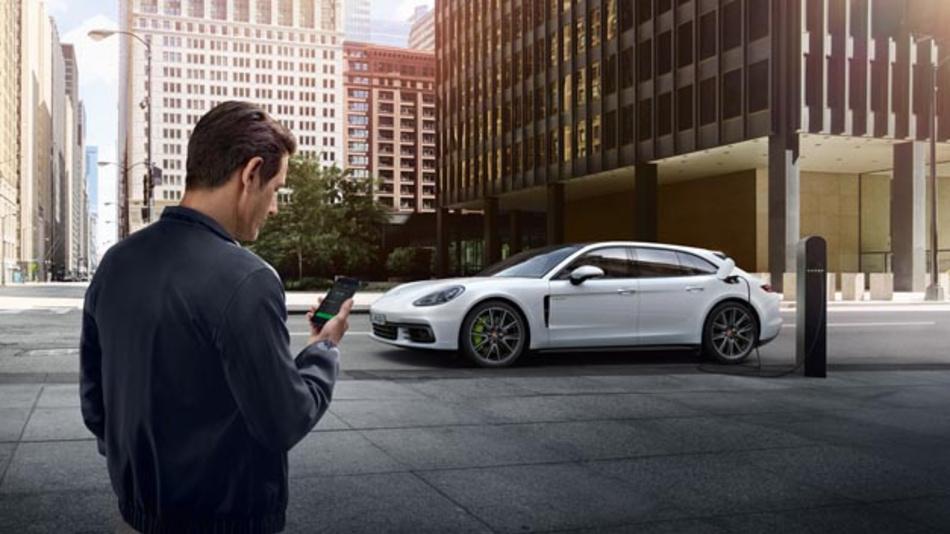 Der Porsche Lade Service ist ab sofort in zwölf europäischen Ländern verfügbar und umfasst dort mehr als 49.000 Ladepunkte.