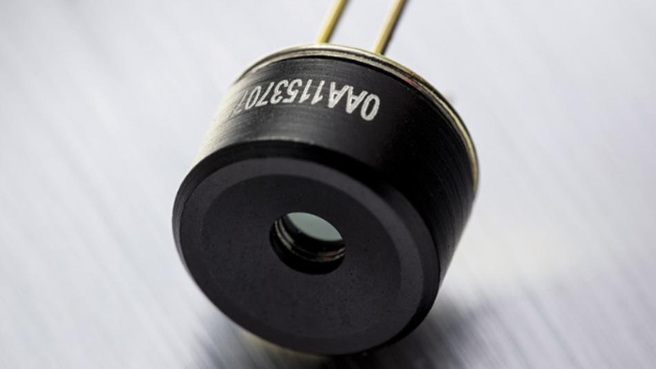 MLX90640 FIR-Sensor-Array mit 55° x 35° Standard-Sichtfeld oder mit Weitwinkel von 110° x 75°.